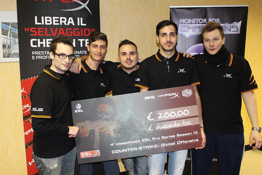 I ragazzi del secondo team alla premiazione